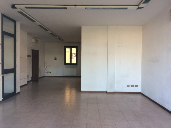 Ufficio / Studio in affitto a San Colombano al Lambro, 1 locali, prezzo € 525 | Cambio Casa.it