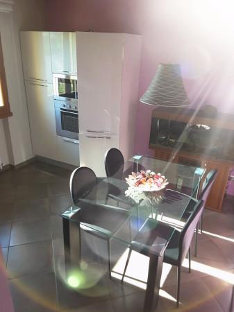 Appartamento in Vendita a Larciano Periferia: 4 locali, 83 mq