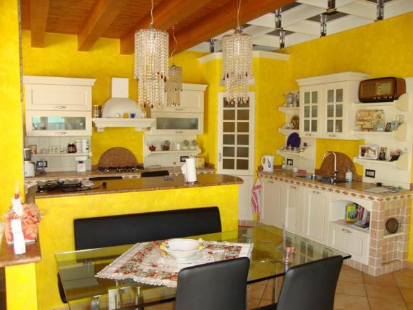 Villa in vendita a Nogara, 6 locali, prezzo € 320.000 | Cambio Casa.it