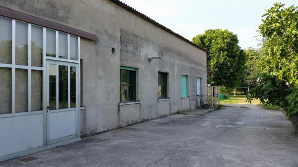 Laboratorio in vendita a San Pietro di Morubio, 2 locali, prezzo € 95.000 | CambioCasa.it