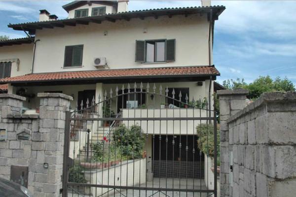 Villa a Schiera in vendita a Riva Presso Chieri, 5 locali, prezzo € 155.000 | Cambio Casa.it