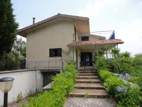 Villa in vendita a Spigno Saturnia, 6 locali, prezzo € 329.000 | Cambio Casa.it