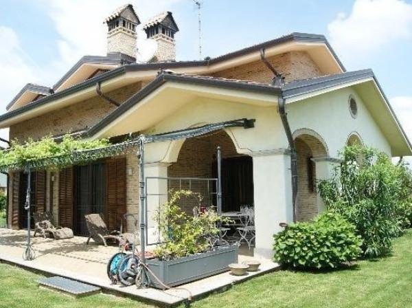 Villa in Vendita a Leini