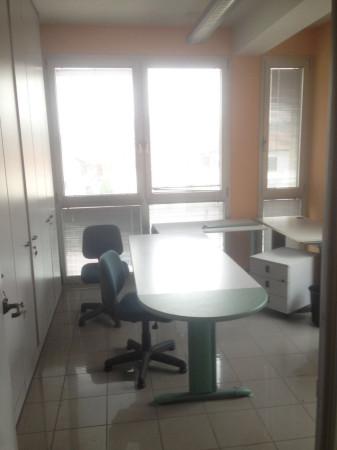 Ufficio / Studio in affitto a Cuneo, 5 locali, prezzo € 800 | Cambio Casa.it