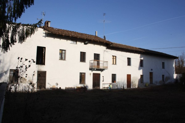 Rustico / Casale in Vendita a Castagnole delle Lanze