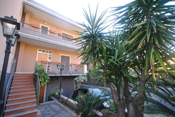 Villa in Vendita a Catania Centro: 5 locali, 220 mq