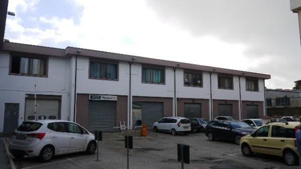Ufficio / Studio in affitto a Civitanova Marche, 2 locali, prezzo € 450 | Cambio Casa.it