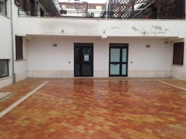 Negozio / Locale in affitto a Magliano de' Marsi, 1 locali, prezzo € 250 | Cambio Casa.it