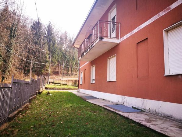Palazzo / Stabile in vendita a Varese, 6 locali, prezzo € 380.000 | CambioCasa.it