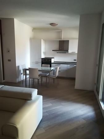 Appartamento in affitto a Bellusco, 3 locali, prezzo € 700 | Cambio Casa.it
