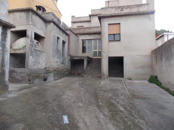 Villa a Schiera in vendita a San Vito, 6 locali, prezzo € 80.000 | CambioCasa.it