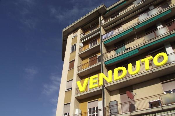 Appartamento in Vendita a Caronno Varesino