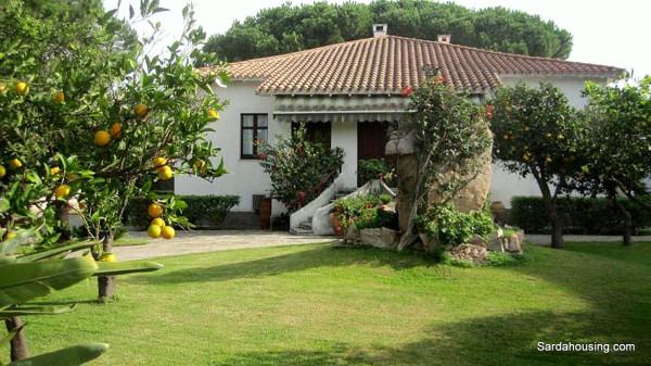 Villa in vendita a Capoterra, 6 locali, prezzo € 690.000   Cambio Casa.it