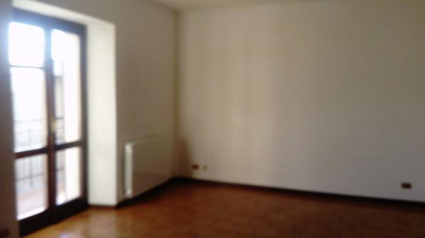 Appartamento in affitto a Boltiere, 3 locali, prezzo € 450 | Cambio Casa.it