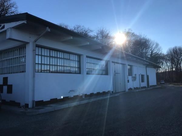 Capannone in vendita a Invorio, 6 locali, prezzo € 160.000 | CambioCasa.it