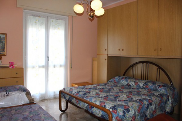 Appartamento in Vendita a Loano: 2 locali, 45 mq