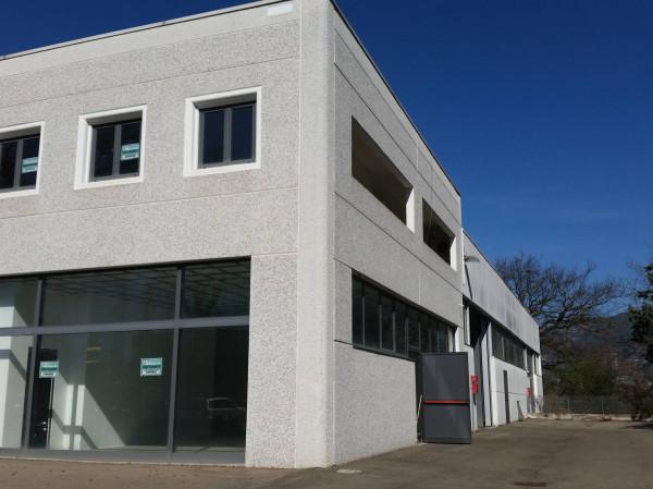 Capannone in vendita a Terni, 9999 locali, Trattative riservate | Cambio Casa.it