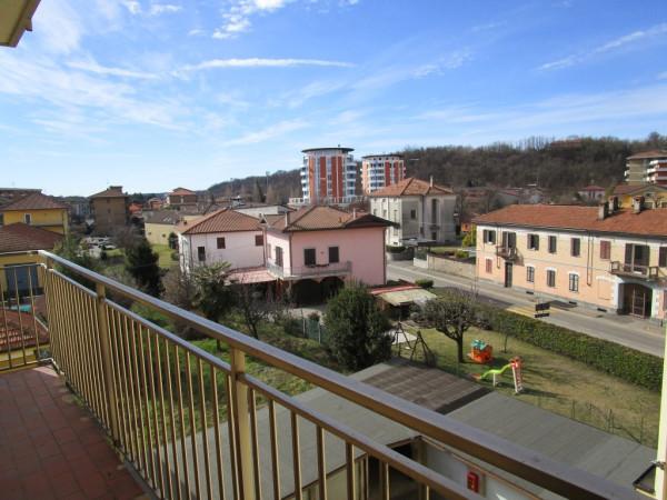 Appartamento in vendita a Borgomanero, 2 locali, prezzo € 45.000 | Cambio Casa.it