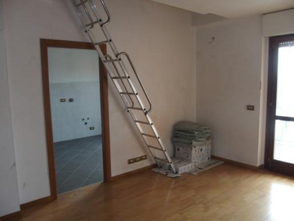 Appartamento in vendita a Torino, 6 locali, zona Zona: 15 . Pozzo Strada, Parella, prezzo € 215.000   Cambio Casa.it