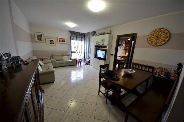 Appartamento in Vendita a Alba Periferia: 4 locali, 110 mq