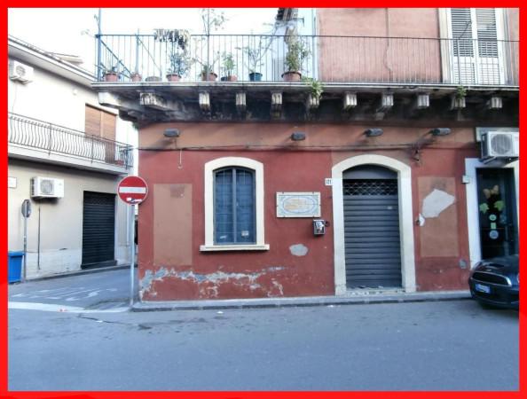 Negozio / Locale in affitto a Aci Castello, 1 locali, prezzo € 470 | Cambio Casa.it