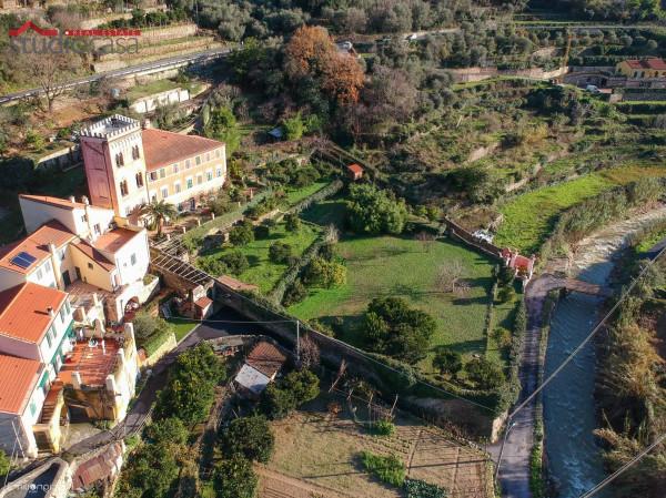 Soluzione Indipendente in vendita a Finale Ligure, 5 locali, prezzo € 950.000 | Cambio Casa.it