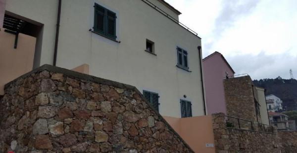Appartamento in vendita a Orco Feglino, 2 locali, prezzo € 160.000   Cambio Casa.it