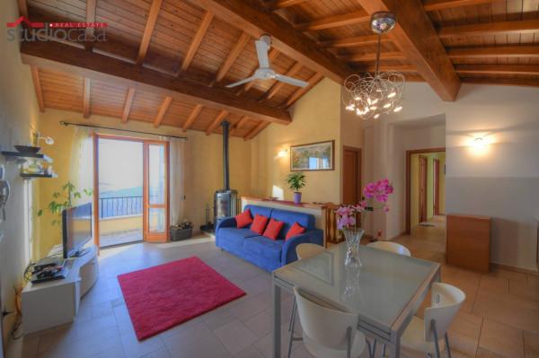 Villa in vendita a Magliolo, 6 locali, prezzo € 430.000 | CambioCasa.it