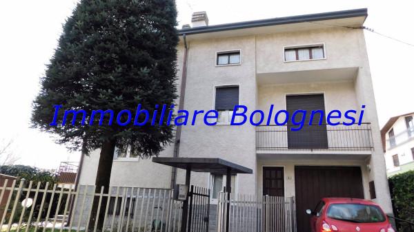 Villa in vendita a Cardano al Campo, 6 locali, prezzo € 255.000 | Cambio Casa.it