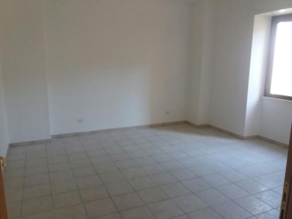 Appartamento in affitto a Sant'Arpino, 4 locali, prezzo € 450 | CambioCasa.it