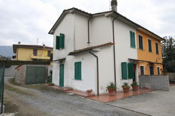 Casa indipendente in Vendita a Capannori Periferia Est: 3 locali, 72 mq
