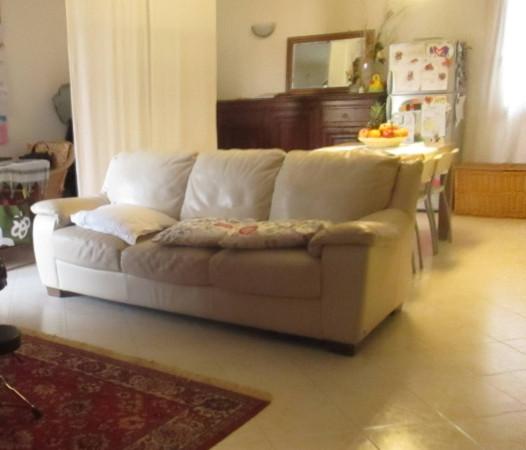 Appartamento in vendita a Castelnuovo del Garda, 3 locali, prezzo € 148.000 | Cambio Casa.it