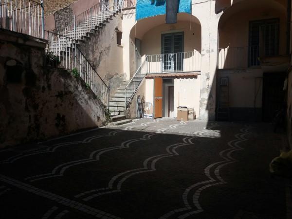 Palazzo / Stabile in vendita a Frattamaggiore, 6 locali, prezzo € 395.000 | Cambio Casa.it