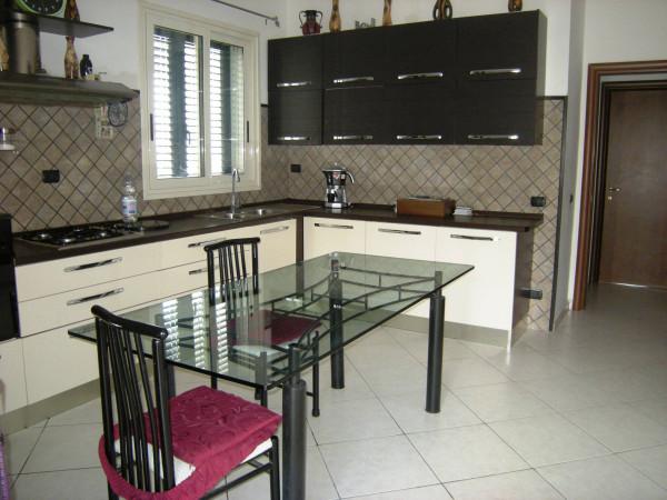 Villa in vendita a Formia, 6 locali, prezzo € 250.000 | Cambio Casa.it