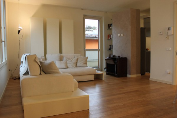 Appartamento in vendita a Bonate Sopra, 4 locali, prezzo € 258.000 | Cambio Casa.it