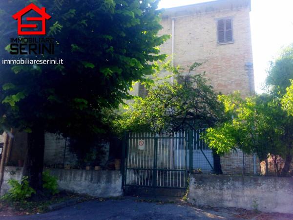 Soluzione Indipendente in vendita a Corridonia, 6 locali, prezzo € 180.000 | CambioCasa.it