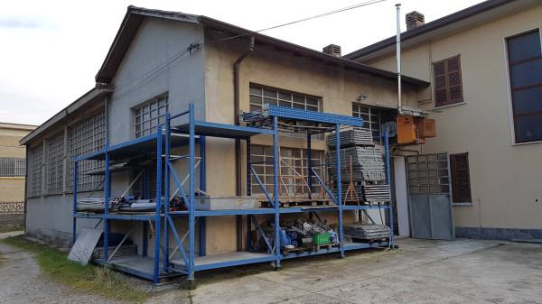 Capannone in affitto a Bulciago, 3 locali, prezzo € 750 | Cambio Casa.it