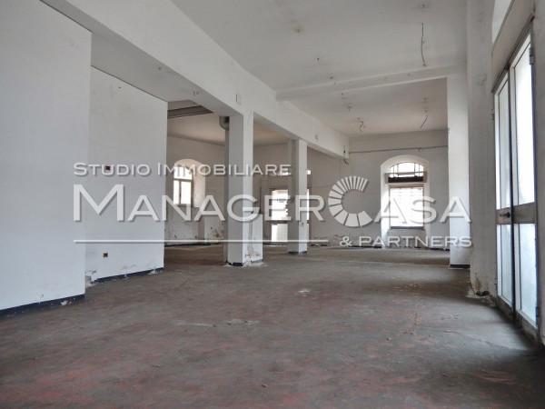 Magazzino in vendita a Genova, 6 locali, zona Zona: 16 . Voltri, Ponente Mare, prezzo € 110.000 | CambioCasa.it