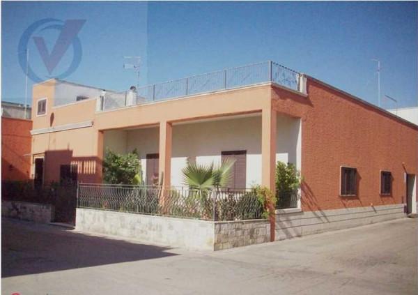 Soluzione Indipendente in vendita a Cutrofiano, 4 locali, prezzo € 175.000 | Cambio Casa.it