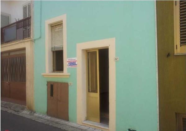 Soluzione Indipendente in vendita a Ortelle, 4 locali, prezzo € 55.000 | Cambio Casa.it