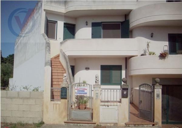 Soluzione Indipendente in vendita a Bagnolo del Salento, 4 locali, prezzo € 150.000 | Cambio Casa.it