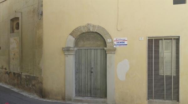 Soluzione Indipendente in vendita a Cannole, 4 locali, prezzo € 90.000 | Cambio Casa.it
