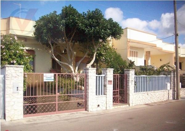 Soluzione Indipendente in vendita a Muro Leccese, 5 locali, prezzo € 215.000 | Cambio Casa.it