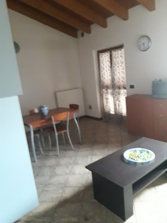 Appartamento in affitto a Calvisano, 2 locali, prezzo € 400 | Cambio Casa.it