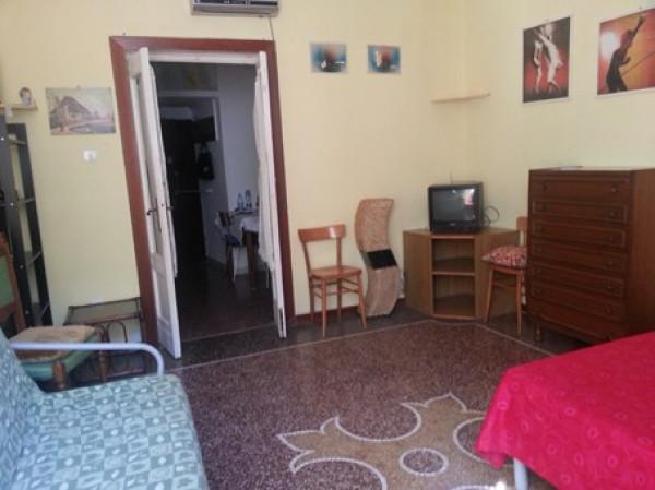 Appartamento in Vendita a Genova Centro: 2 locali, 40 mq