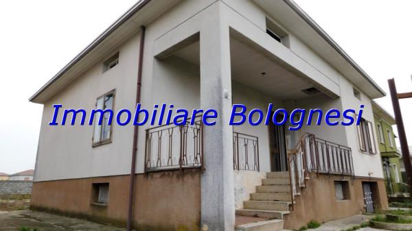 Villa in Vendita a Fagnano Olona