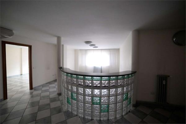 Ufficio / Studio in affitto a Pesaro, 3 locali, prezzo € 600 | Cambio Casa.it