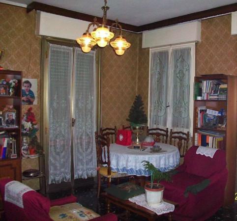 Appartamento in vendita a Formigine, 5 locali, prezzo € 120.000 | Cambio Casa.it