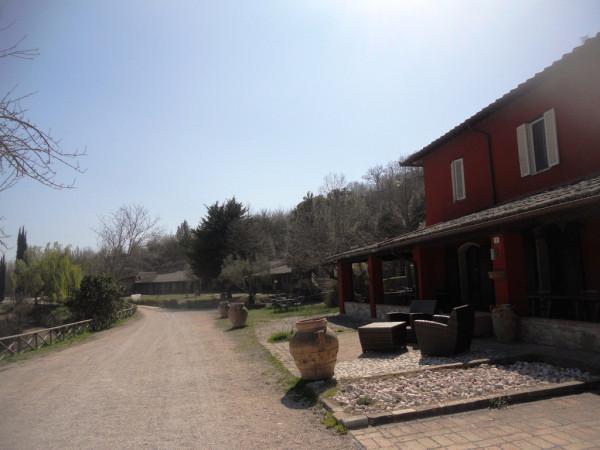 Albergo in vendita a Bevagna, 6 locali, Trattative riservate | Cambio Casa.it