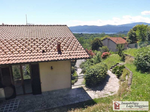 Villa in affitto a Besozzo, 5 locali, prezzo € 900 | Cambio Casa.it